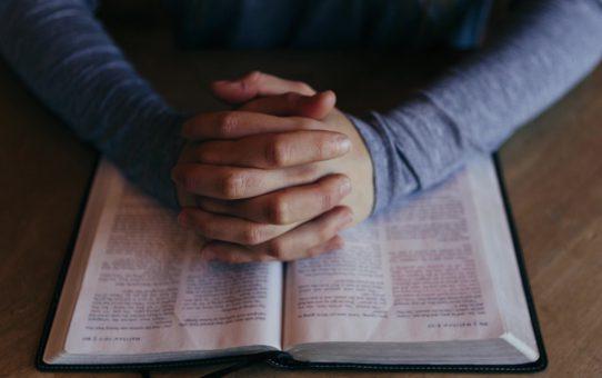 Einladung - Gottes Wort im Blickpunkt und gemeinsames Gebet