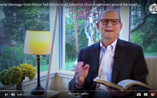 Pastor Ted Wilson richtet die Botschaft vom 1. Mai an die Adventgemeinde